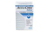 Accu-chek aviva controlevloeistof doosje met 2 verschillende flesjes 04455215001